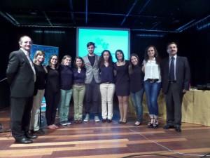 Filipe Pinto com intérpretes de LGP, Diretor e Subdiretora e Coordenador do Departamento de Educação Especial